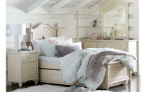 Low Poster Bed, Twin 3/3