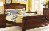 Sleigh Bed   Queen
